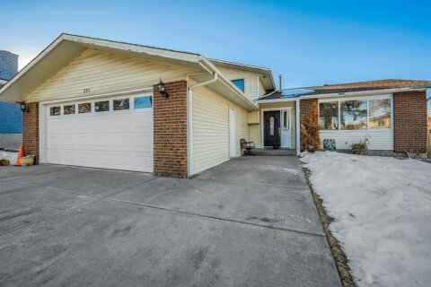House for sale at 251 Temple Cs NE Calgary Alberta - MLS: A1059754