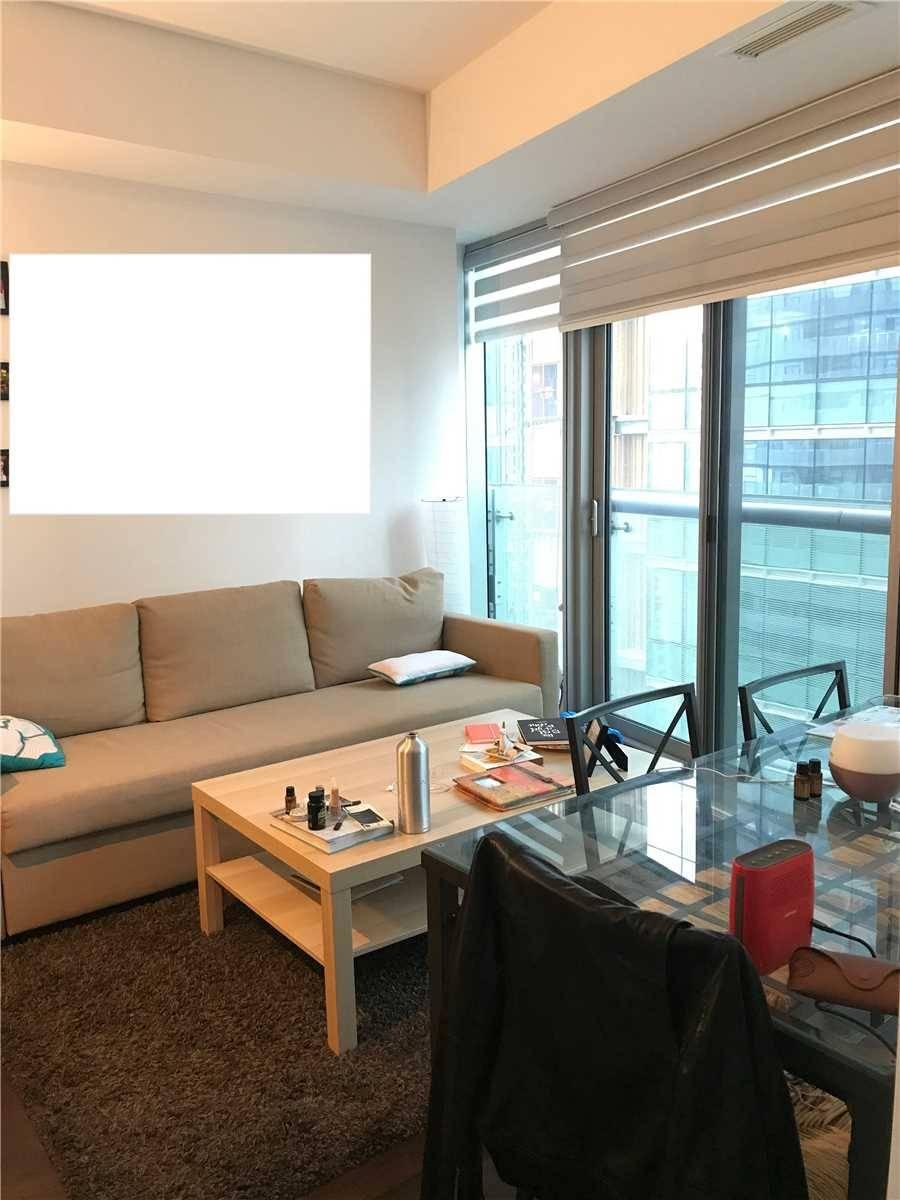 Apartment for rent at 14 York St Unit 2510 Toronto Ontario - MLS: C4522160