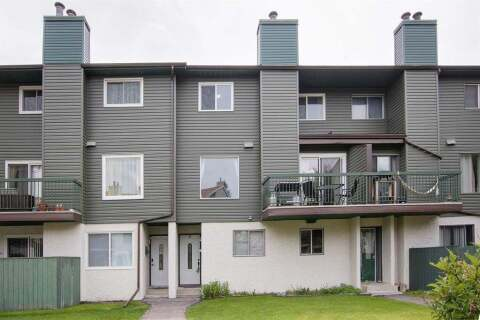 Townhouse for sale at 2511 38 St NE Calgary Alberta - MLS: A1010824