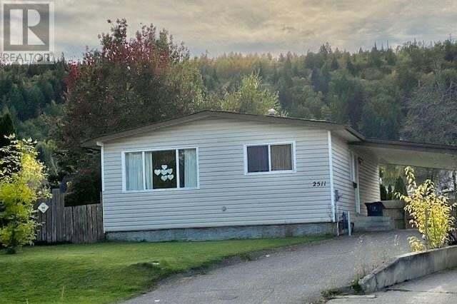 House for sale at 2511 Izowski Pl Prince George British Columbia - MLS: R2501744