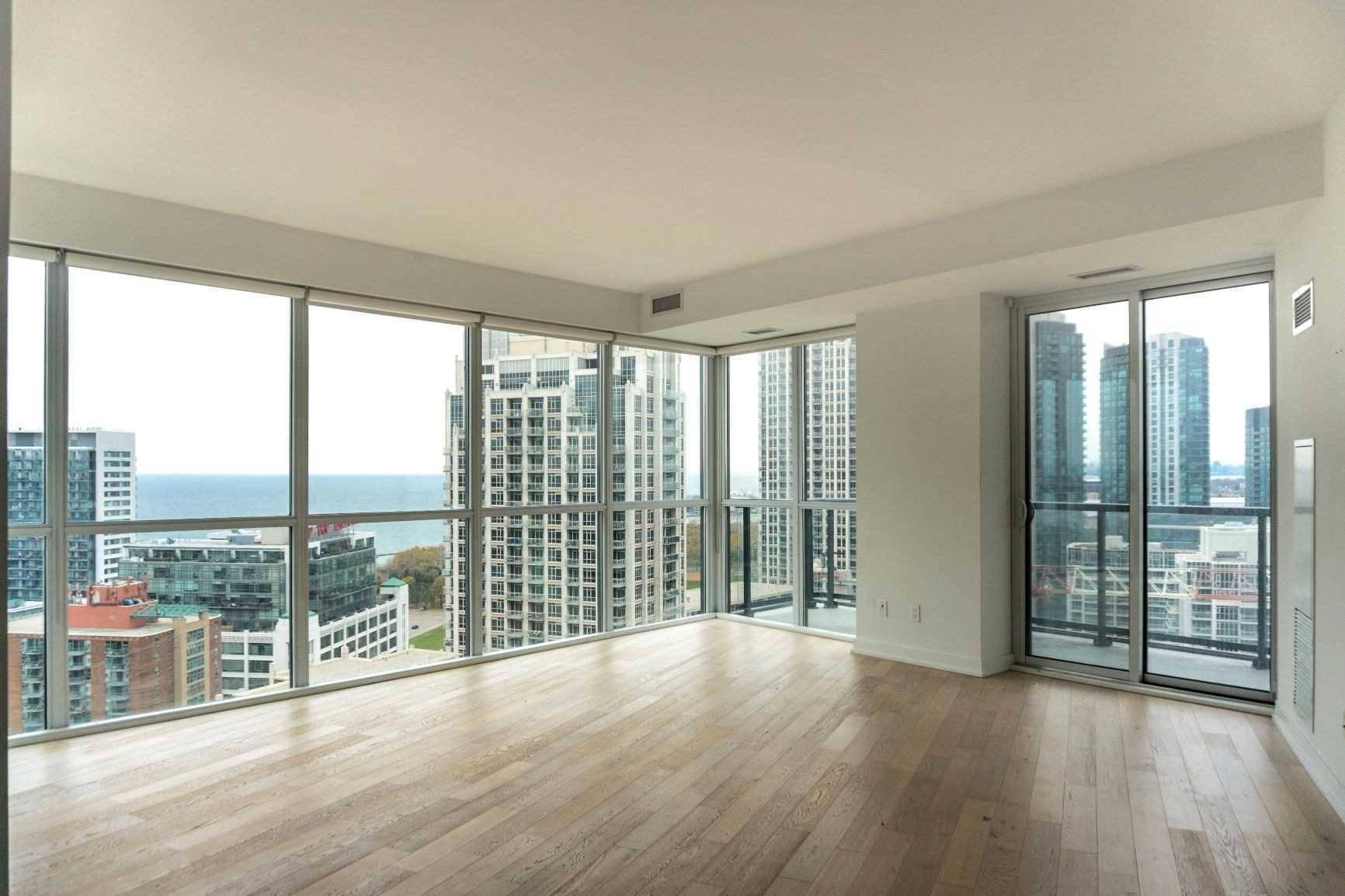 Apartment for rent at 20 Bruyeres Me Unit 2512 Toronto Ontario - MLS: C4670271