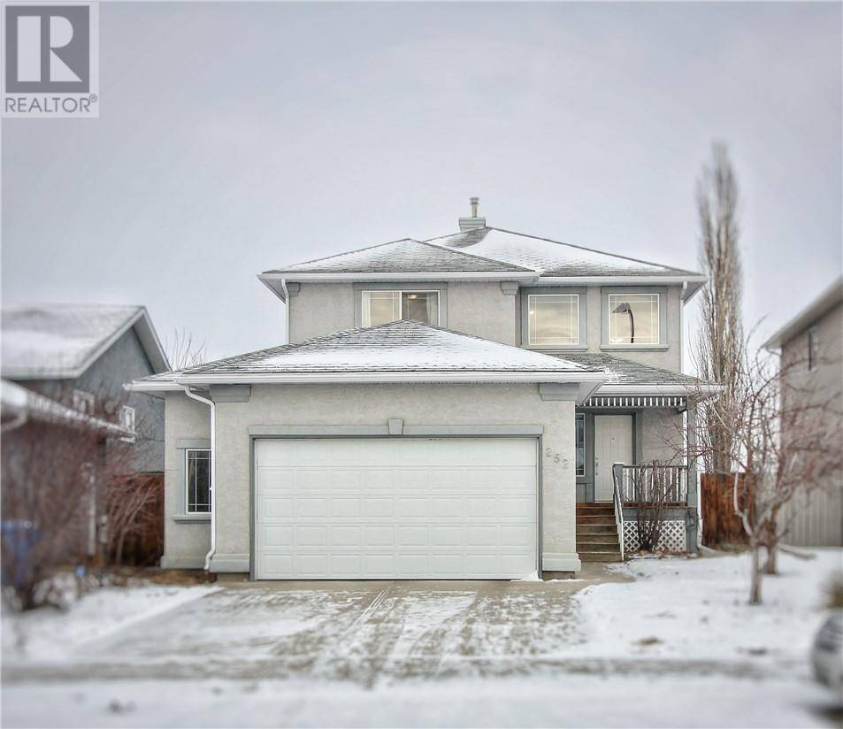 House for sale at 252 Cougar Wy N Lethbridge Alberta - MLS: ld0185944