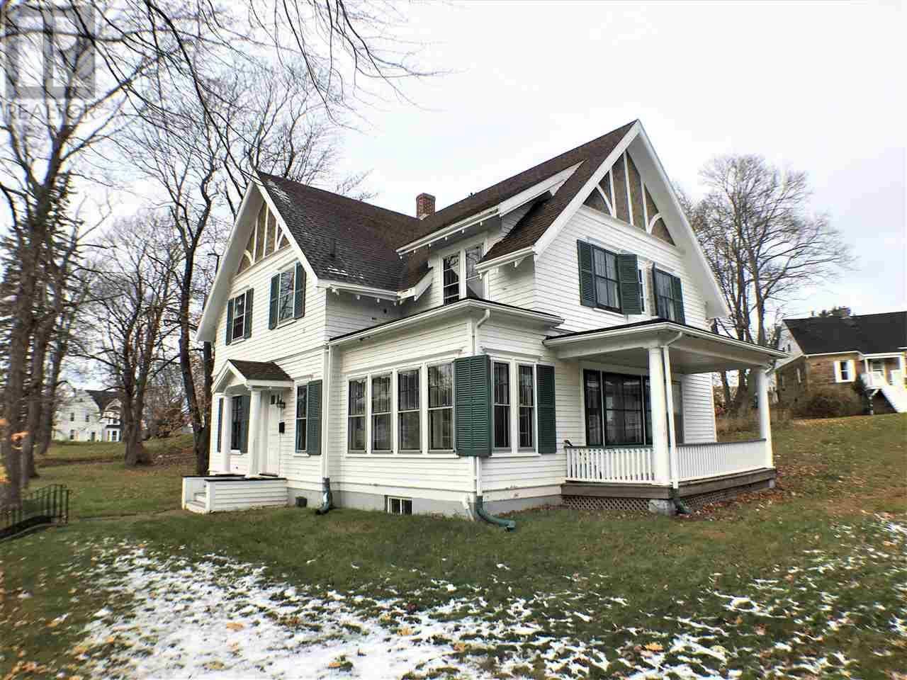 House for sale at 252 Fraser St New Glasgow Nova Scotia - MLS: 201926183