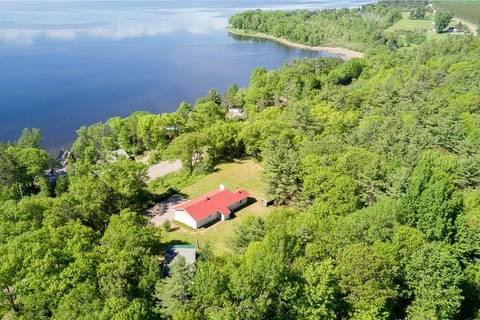 House for sale at 252 Lake Dore Rd Eganville Ontario - MLS: 1156324