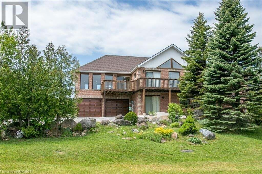 House for sale at 252 Lakeshore Rd N Meaford Ontario - MLS: 250839