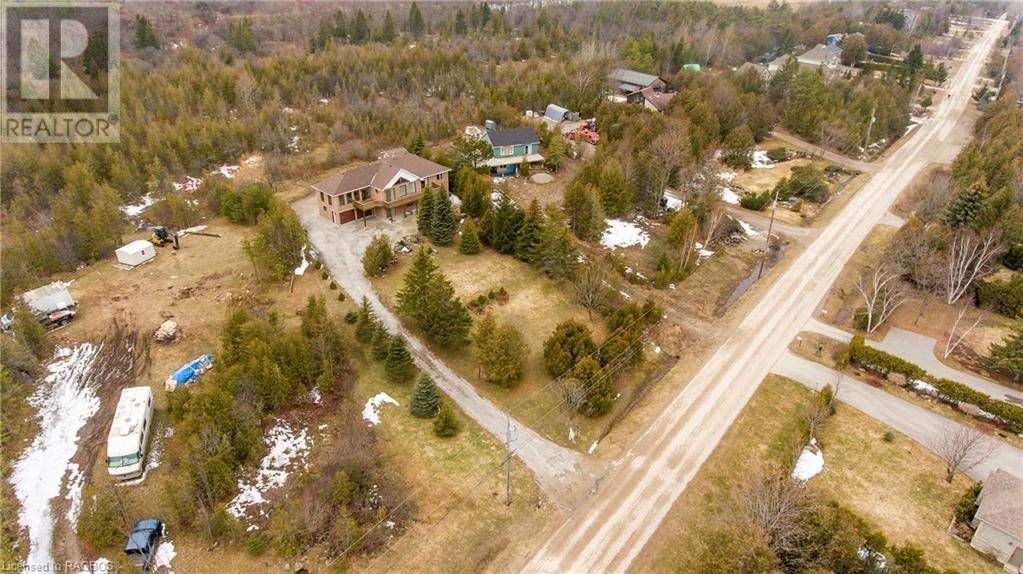 252 Lakeshore Road North, Meaford | Image 2