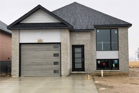 House for sale at 252 Moonstone Cres Chatham-kent Ontario - MLS: X4674973