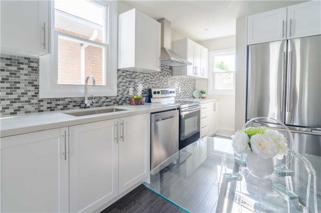 For Sale: 252 Pailing Avenue, Hamilton, ON | 3 Bed, 2 Bath House for $349,900. See 20 photos!