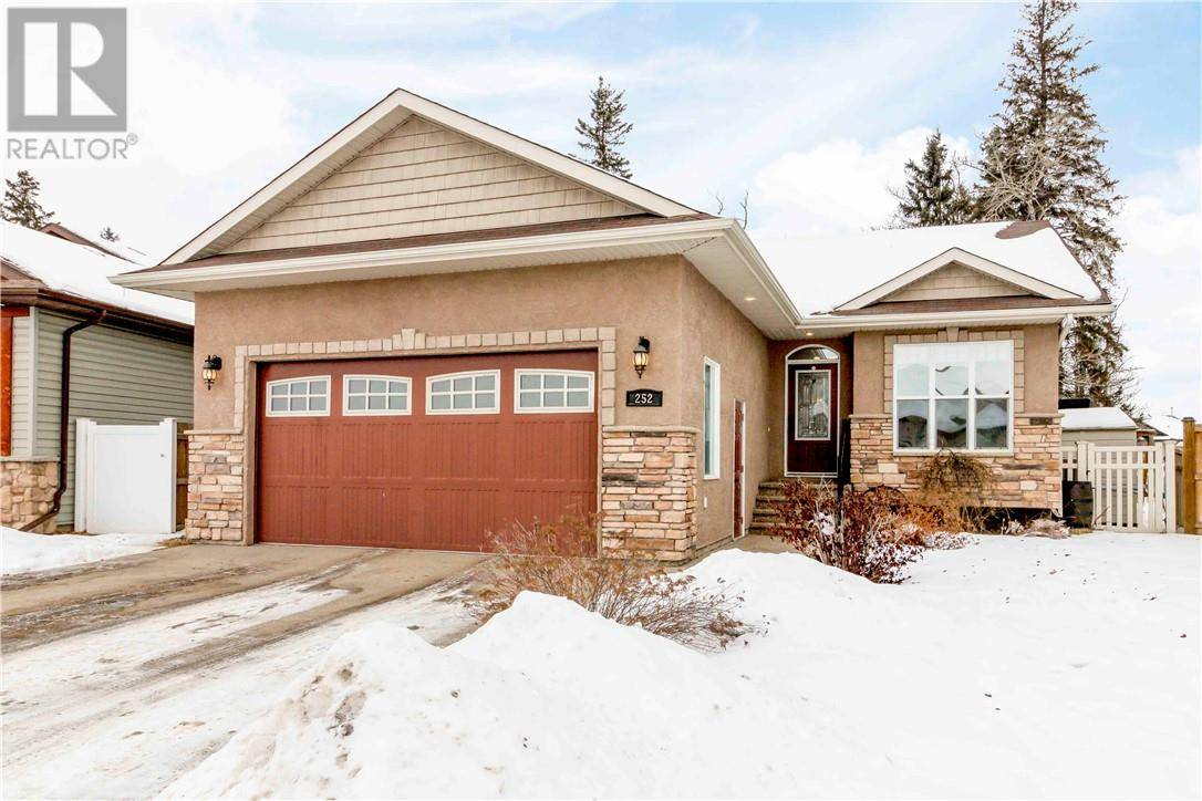 House for sale at 252 Wiley Cres Red Deer Alberta - MLS: ca0185485