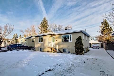 House for sale at 2520 19 St Northwest Calgary Alberta - MLS: C4278423