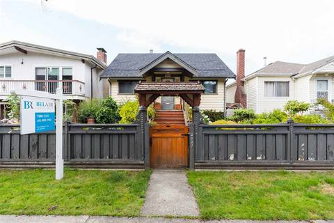House for sale at 2521 Napier St Vancouver British Columbia - MLS: R2406106