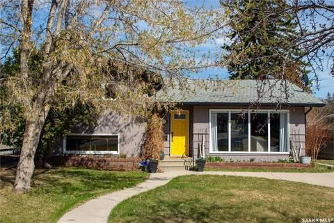 House for sale at 2525 Lansdowne Ave Saskatoon Saskatchewan - MLS: SK808089