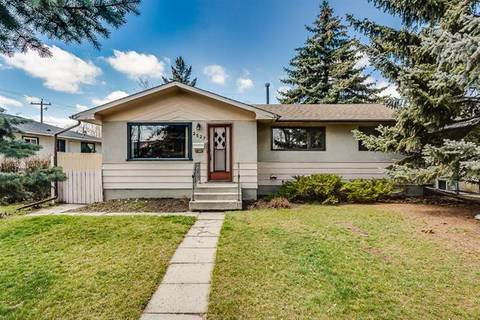 House for sale at 2527 35 St Southeast Calgary Alberta - MLS: C4242923