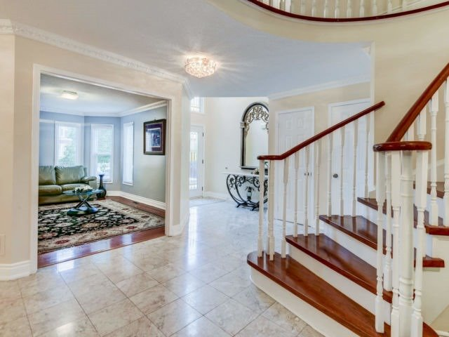 For Sale: 2527 Paula Court, Mississauga, ON | 5 Bed, 5 Bath House for $1,299,999. See 20 photos!