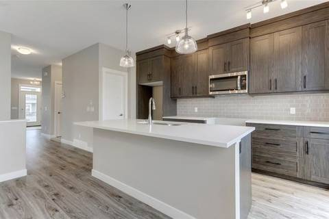 Townhouse for sale at 253 Chinook Gate Pk Airdrie Alberta - MLS: C4270630