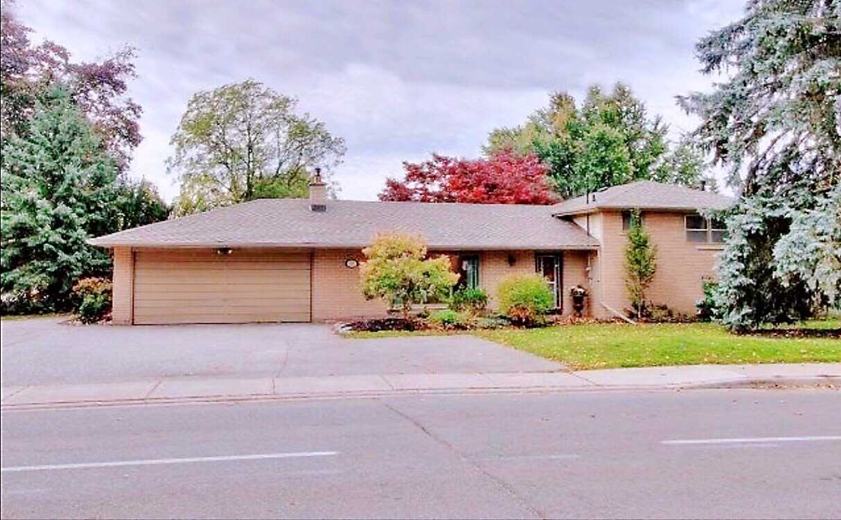 For Rent: 253 Church Street, Markham, ON | 3 Bed, 2 Bath House for $2500.00. See 11 photos!