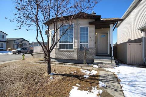 House for sale at 253 Martinvalley Rd Northeast Calgary Alberta - MLS: C4293461