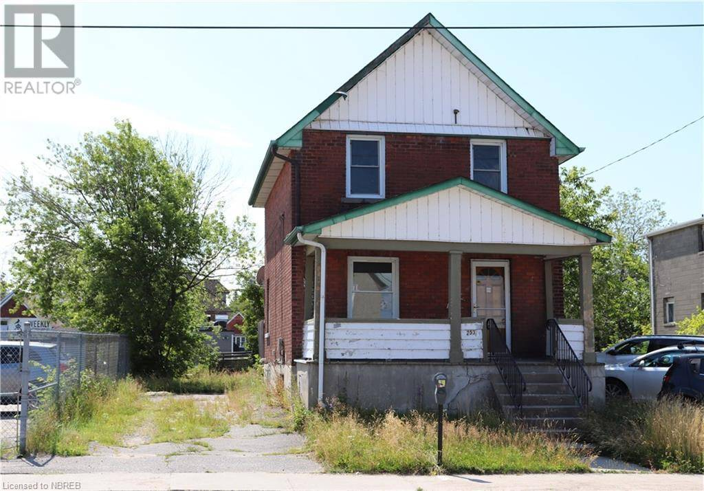 Residential property for sale at 253 Second Ave West North Bay Ontario - MLS: 219574