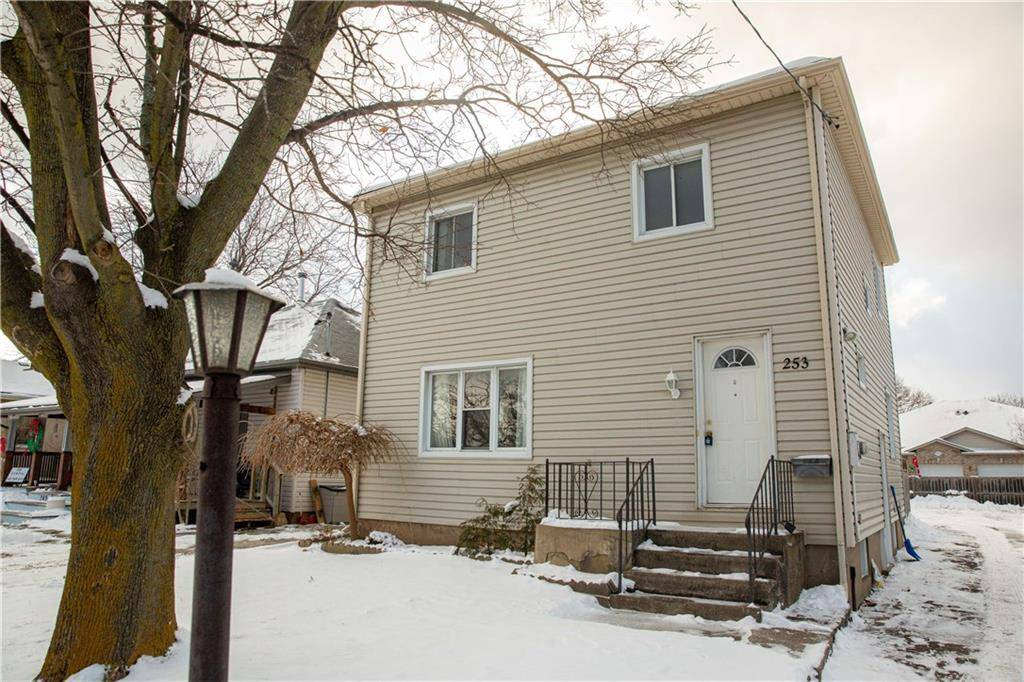 House for sale at 253 Vine St St. Catharines Ontario - MLS: 30782359