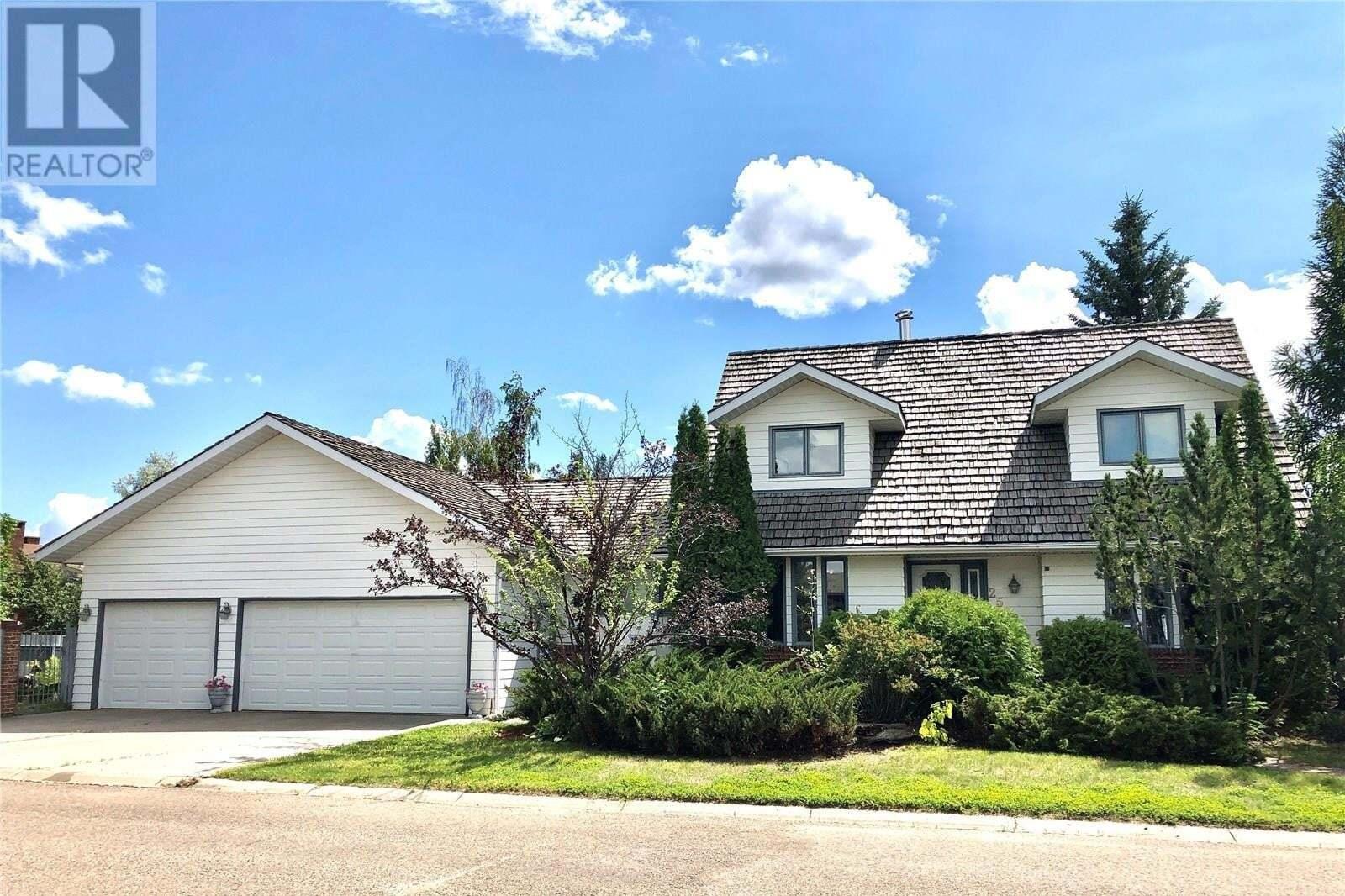 House for sale at 2532 Cardinal Cres North Battleford Saskatchewan - MLS: SK818078