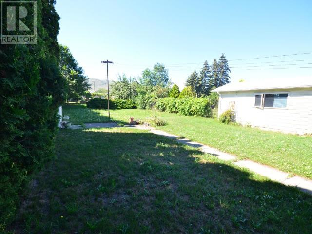For Sale: 2533 Young Avenue, Kamloops, BC | 4 Bed, 2 Bath House for $398,000. See 22 photos!
