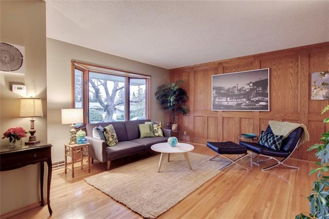 2539 Chicoutimi Drive Northwest, Calgary — For Sale