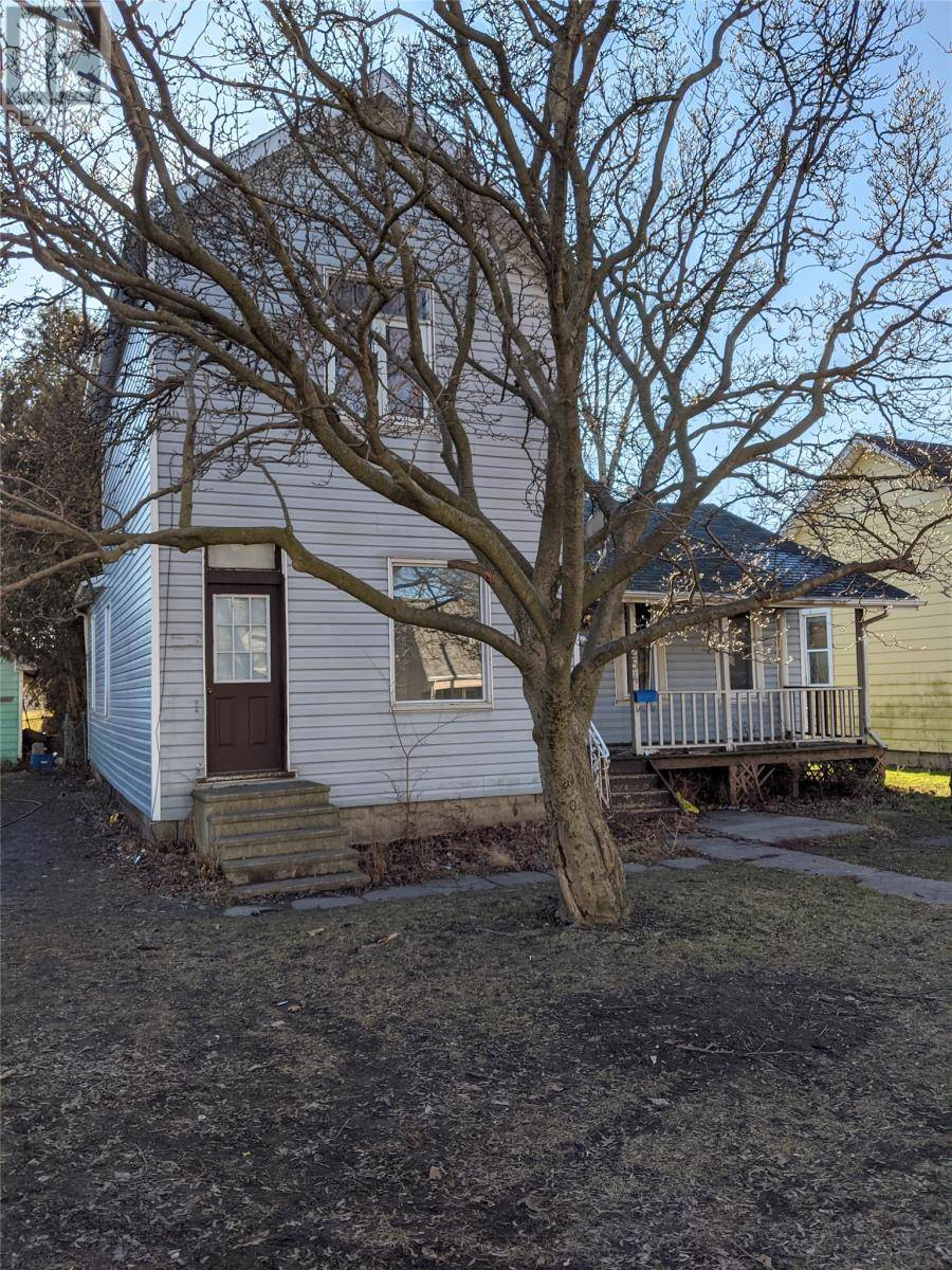 House for sale at 254 Park St Chatham Ontario - MLS: 20000791