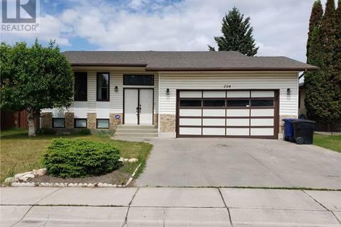 House for sale at 254 Perehudoff Ct Saskatoon Saskatchewan - MLS: SK776021