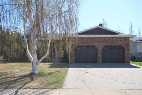 House for sale at 2540 Cardinal Cres North Battleford Saskatchewan - MLS: SK799492