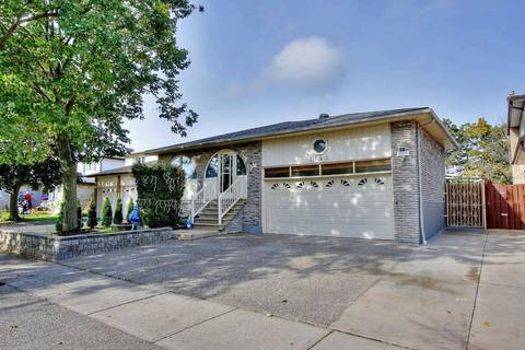 House for sale at 2541 Waterford St Oakville Ontario - MLS: W4615012