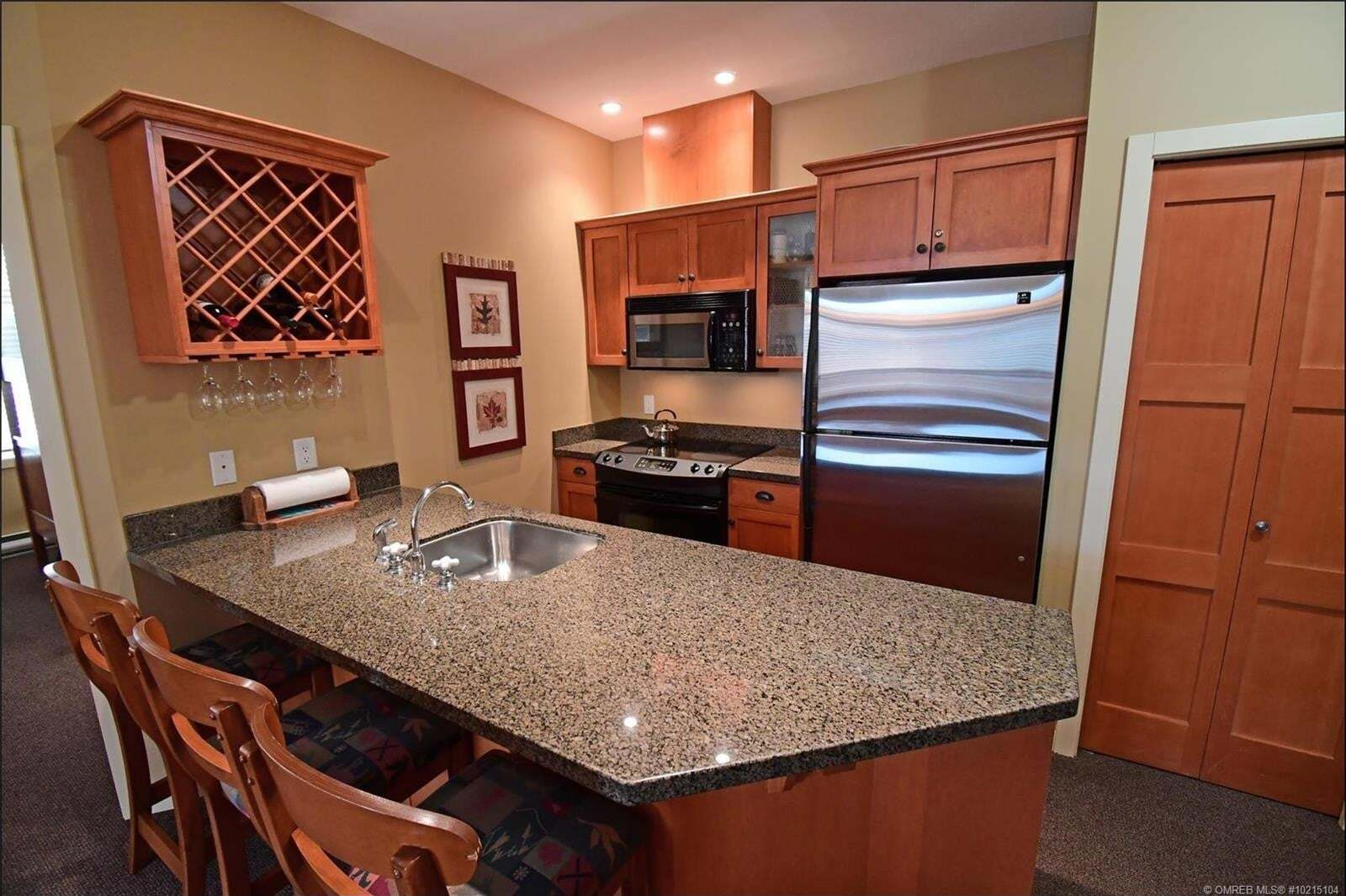 Condo for sale at 255 Feathertop Wy Big White British Columbia - MLS: 10215104
