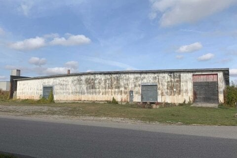 Commercial property for sale at 255 Patteson Ave Chatham-kent Ontario - MLS: X4963317