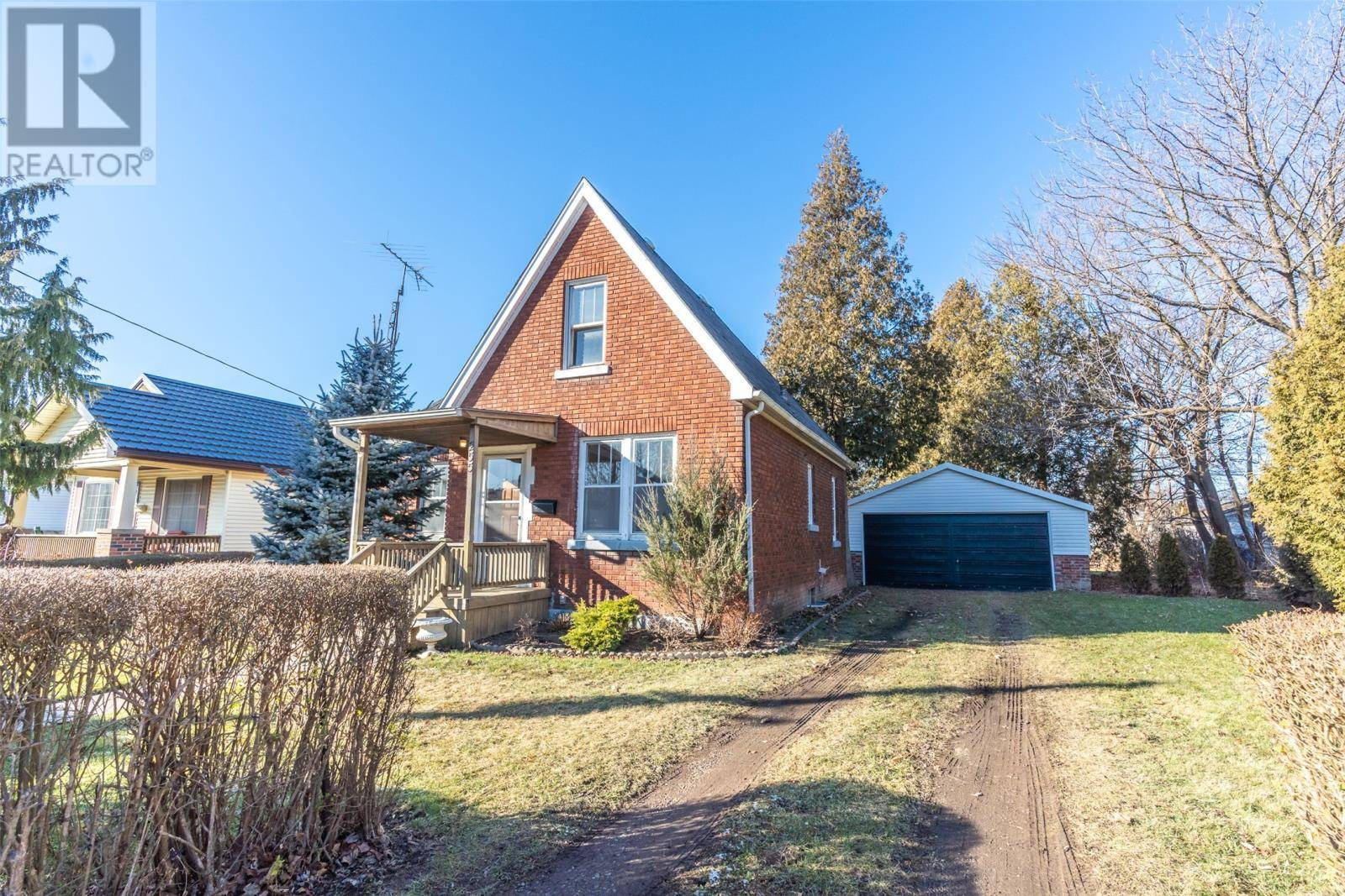 House for sale at 255 Selkirk St Chatham Ontario - MLS: 20000221