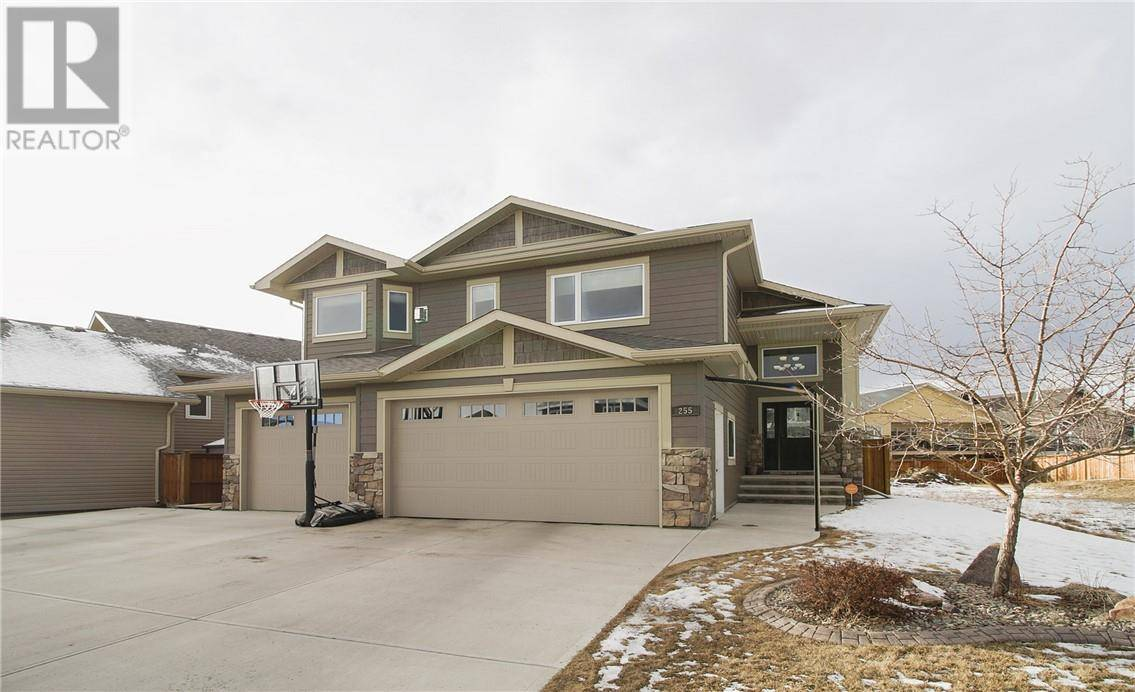 House for sale at 255 Sixmile Rdge S Lethbridge Alberta - MLS: ld0190199