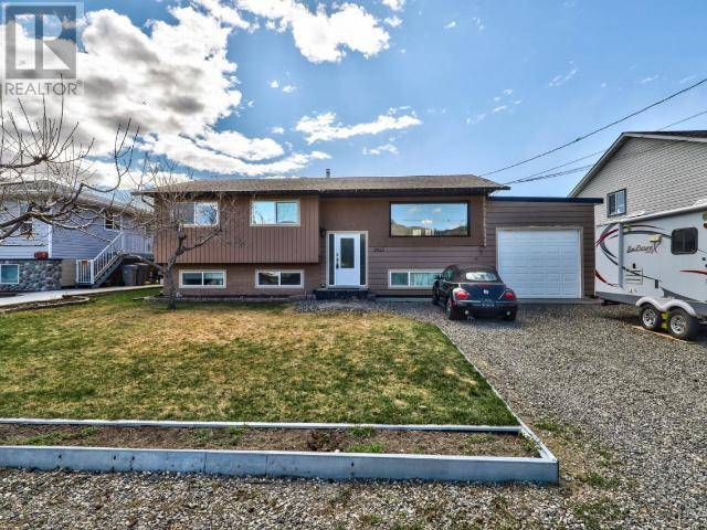 House for sale at 2555 Glenview Ave  Kamloops British Columbia - MLS: 156076