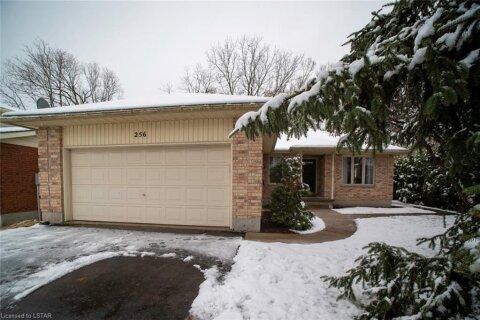 House for sale at 256 Albert St Strathroy Ontario - MLS: 40046591