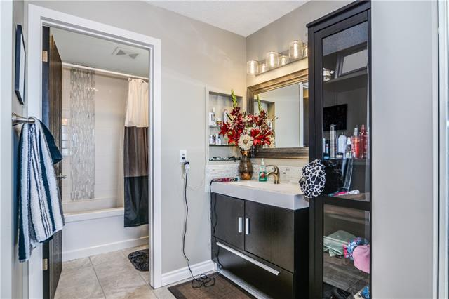 For Sale: 256 Edgeland Road Northwest, Calgary, AB   4 Bed, 2 Bath House for $529,900. See 31 photos!