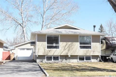 House for sale at 256 Nagel Cres Regina Saskatchewan - MLS: SK805493