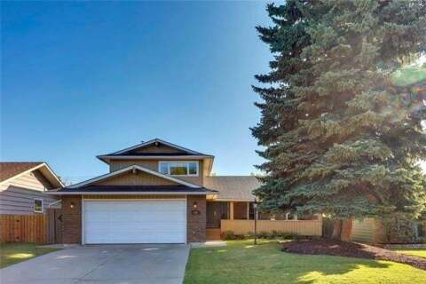 House for sale at 256 Parkland Cres Southeast Calgary Alberta - MLS: C4304936