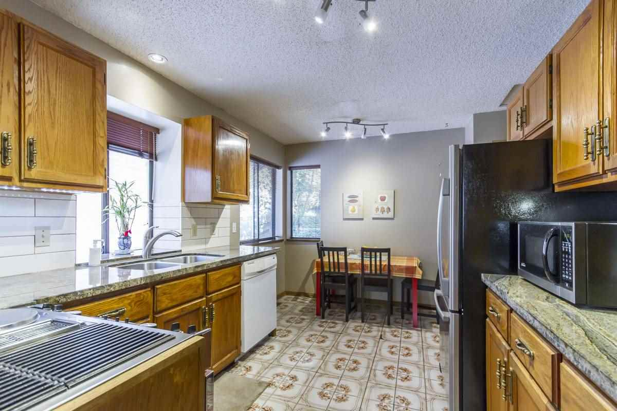 For Sale: 2565 Cape Horn Avenue, Coquitlam, BC | 3 Bed, 2 Bath House for $958,000. See 20 photos!