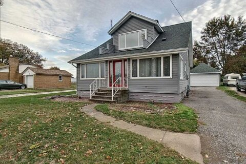 House for sale at 2567 County Rd 20 Rd Essex Ontario - MLS: X4955135