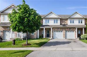 Townhouse for sale at 2568 Valleyridge Dr Oakville Ontario - MLS: O4576710
