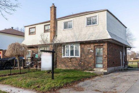 Townhouse for sale at 257 Kinmount Cres Oshawa Ontario - MLS: E4997475