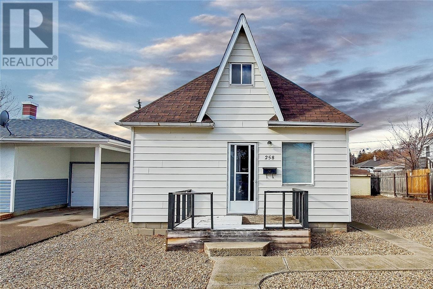 House for sale at 258 4th Ave NW Swift Current Saskatchewan - MLS: SK831647
