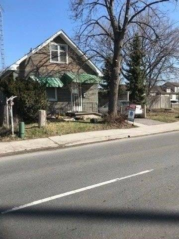 Commercial property for sale at 258 Bloor St Oshawa Ontario - MLS: E4546921