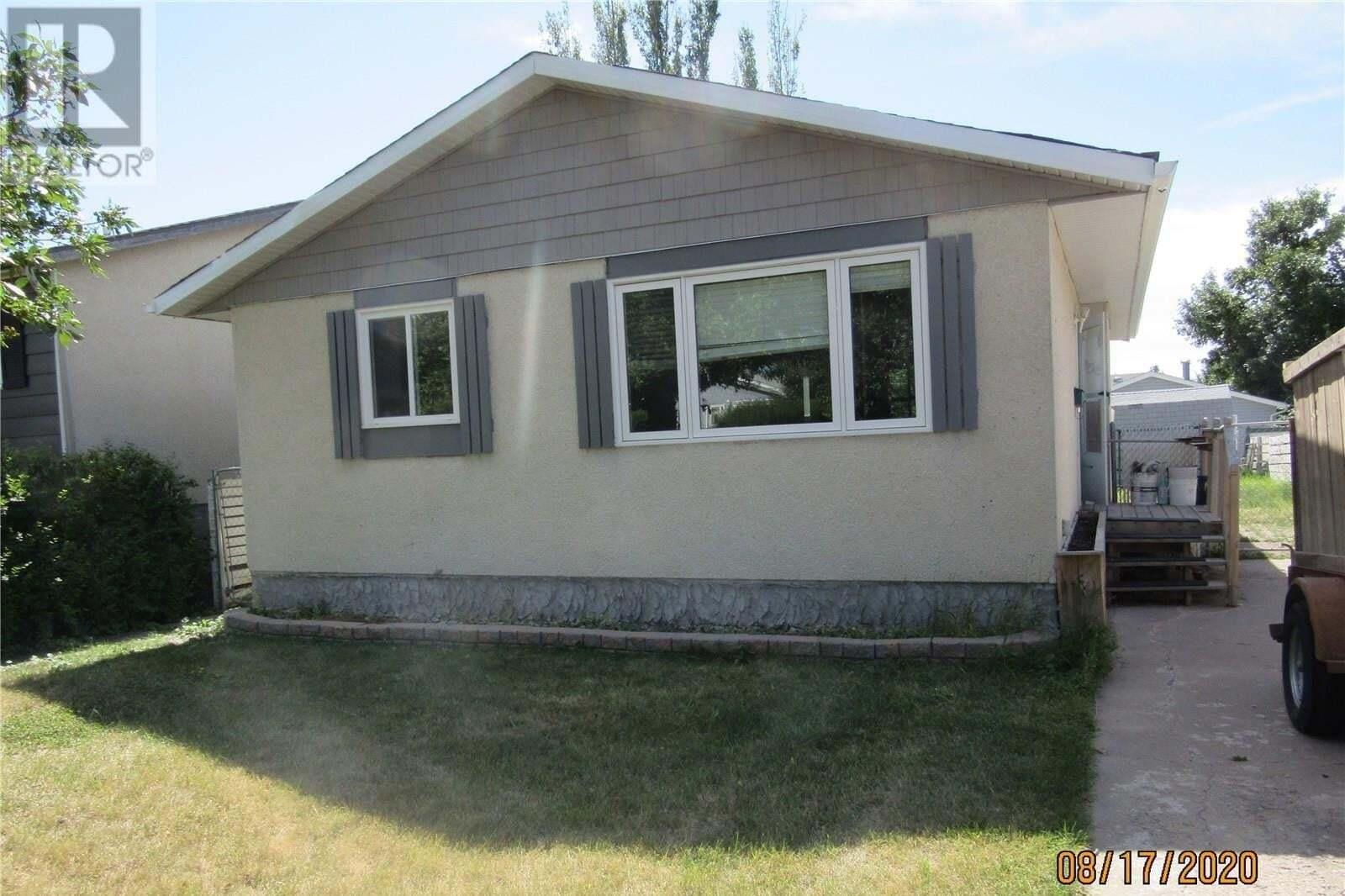 House for sale at 258 Waterloo Cres Saskatoon Saskatchewan - MLS: SK821076