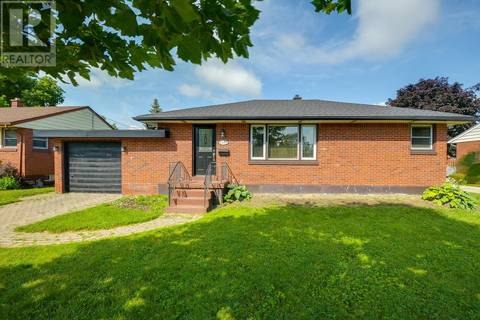 House for sale at 2581 Askin Ave Windsor Ontario - MLS: 19021035