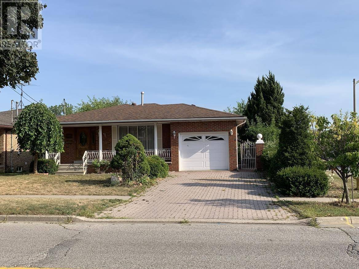 House for sale at 2589 Grand Marais Rd West Windsor Ontario - MLS: 19024944