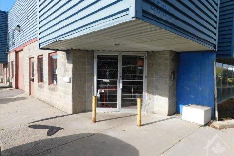 2596 Edinburgh Place, Ottawa | Image 1
