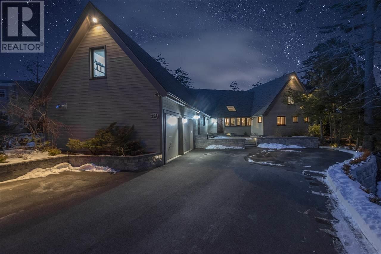 House for sale at 25 Rockhaven Dr Halifax Nova Scotia - MLS: 202002880